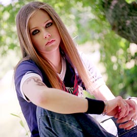Avril (41)