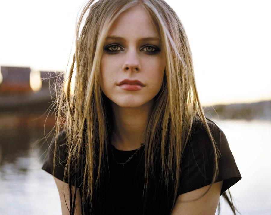 Avril (95)
